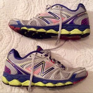 Excellent condition NEW BALANCE 880 v3
